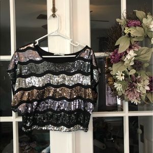 🌼Sequin silver and gold crop top
